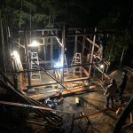 竹林小屋−10 建て方  11月28日