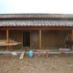 茶園小屋建設−28 土壁塗り&焼き板貼り 2月4日