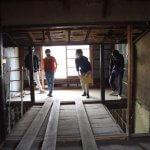 壬生川通りの長屋改修−1 根継ぎ  6月11日